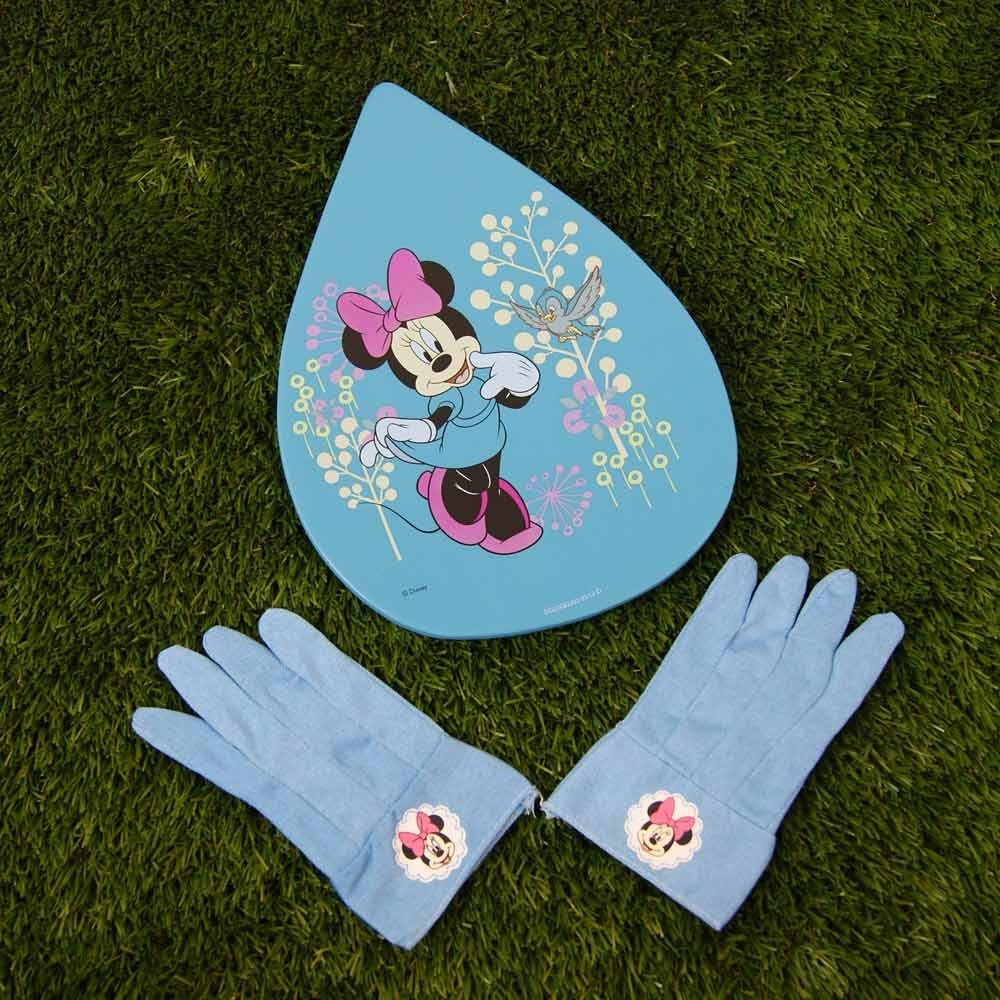 Disney's Minnie Mouse Glove & Kneeling Pad Set