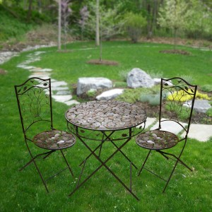 Metal Leaf Bistro Set