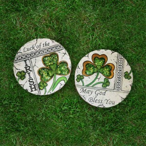Clover Stepping Stones