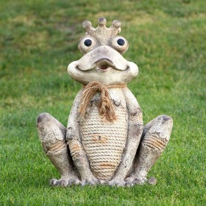Sitting Frog Rope Statue