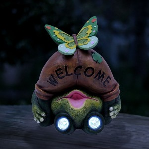 "11"" Solar Mooning Welcome Frog with Butterfly and LED Lights"
